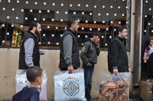 Özgür-Derden Suriyeye Battaniye Yardımı 10