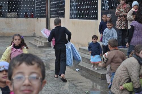 Özgür-Derden Suriyeye Battaniye Yardımı 14