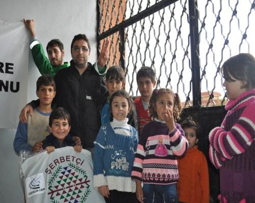 Özgür-Derden Suriyeye Battaniye Yardımı 6