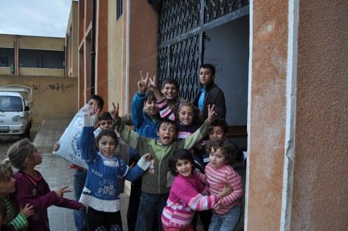 Özgür-Derden Suriyeye Battaniye Yardımı