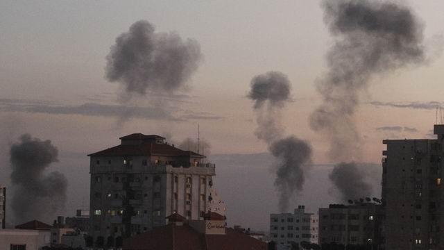 İsrail Gazzeyi Vurdu; Kassam Komutanı da Şehitler Arasında! 1