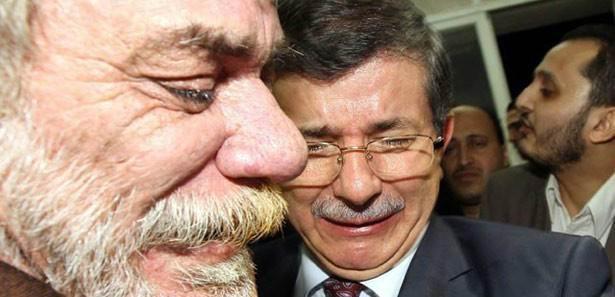 Ahmet Davutoğlu, Gazzede Gözyaşlarını Tutamadı! 7