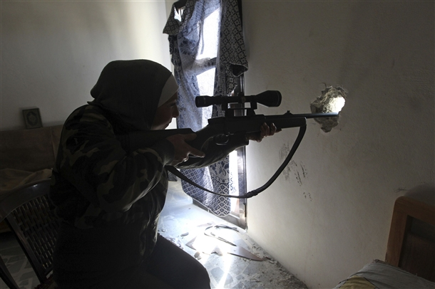 Halep'te Kadın Sniper 1