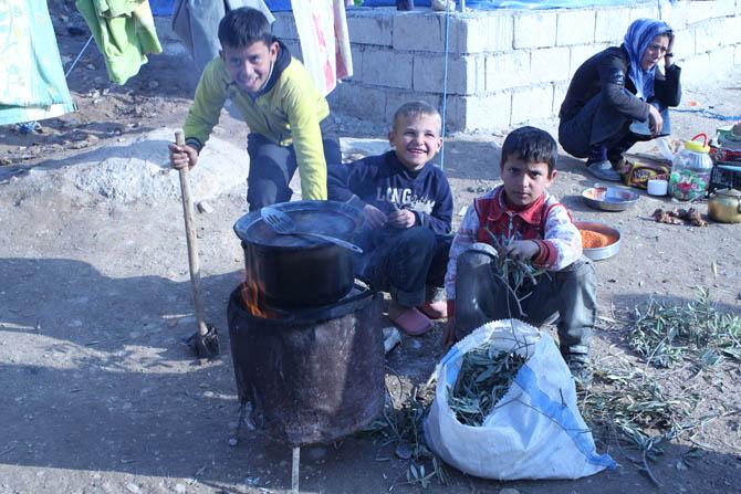 Kah Mülteci Kampının Yetim Çocukları 21