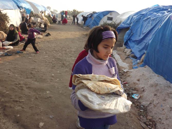Kah Mülteci Kampının Yetim Çocukları 30