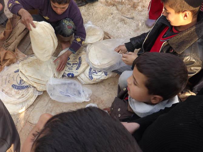 Kah Mülteci Kampının Yetim Çocukları 34