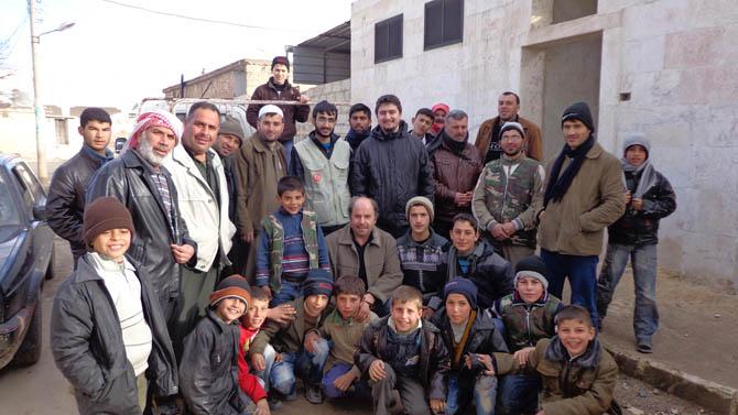 Eynesil ve Trabzonun Yardımları Suriyede 12