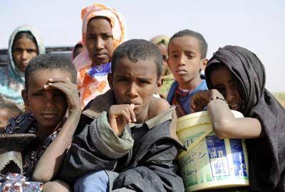 Moritanyaya Çölde Aç ve Susuz Yolculuk 8