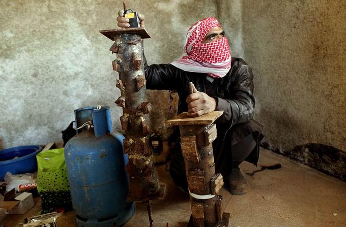 Suriyeli Direnişçilerin Ağır Silah Sanayisi 27