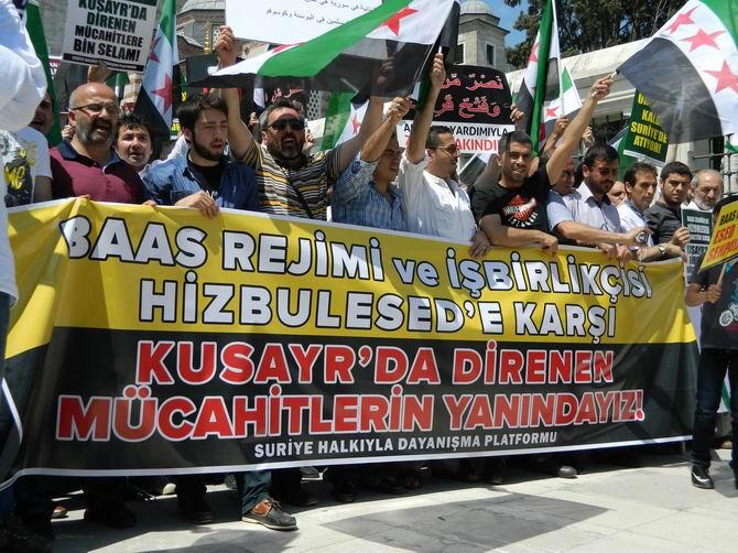 "Fatih Camii'nde Protesto:  ""Katil İran, Katil Hizbullah"" 10"
