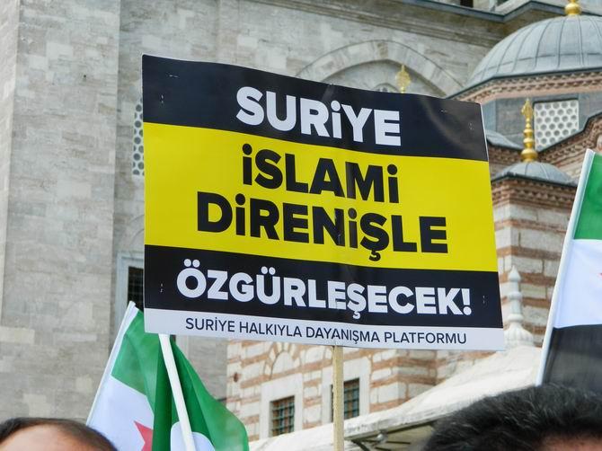 "Fatih Camii'nde Protesto:  ""Katil İran, Katil Hizbullah"" 18"
