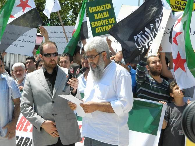 "Fatih Camii'nde Protesto:  ""Katil İran, Katil Hizbullah"" 7"