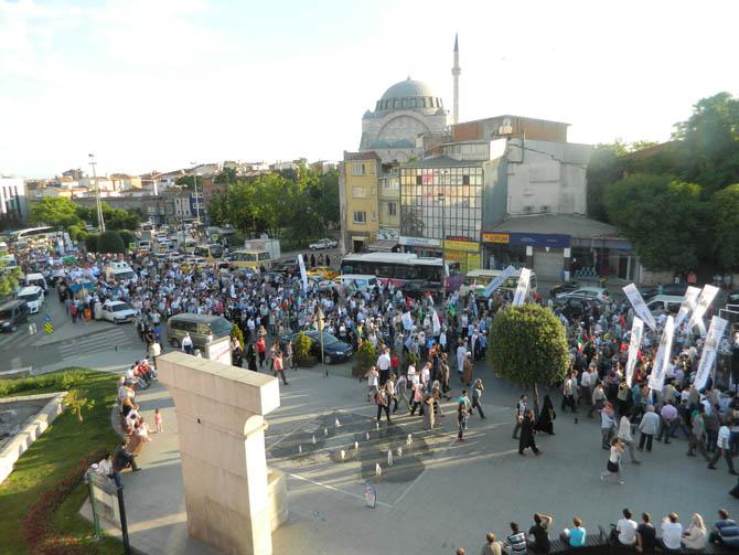 On Binler Fatih'te Kudüs ve Mavi Marmara İçin Yürüyor 19