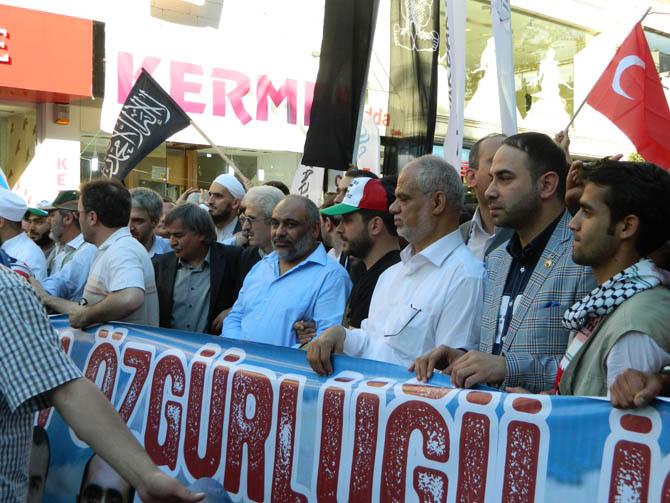 On Binler Fatih'te Kudüs ve Mavi Marmara İçin Yürüyor 8