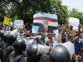 Müslüman Kardeşler Meydanları Terketmiyor, Direniyor!