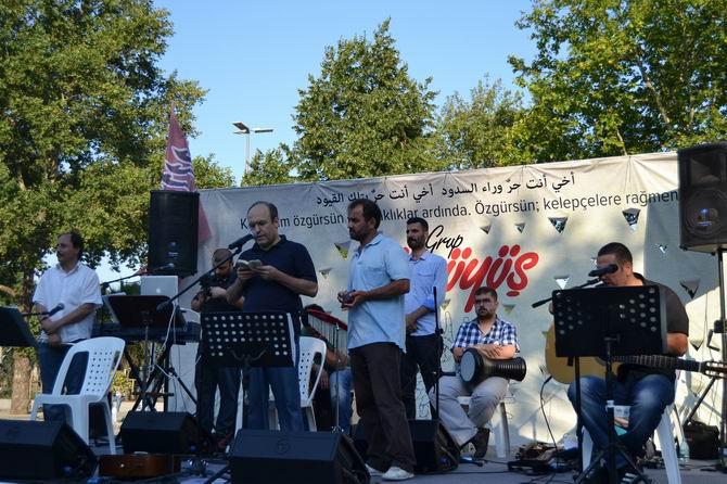 Grup Yürüyüşten Mısır ve Suriye Dayanışma Konseri 1