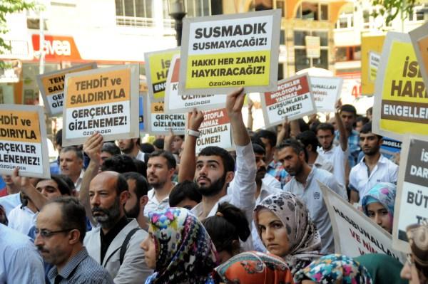 Diyarbakırda Özgür-Dere Yapılan Saldırı Protesto Edildi galerisi resim 1