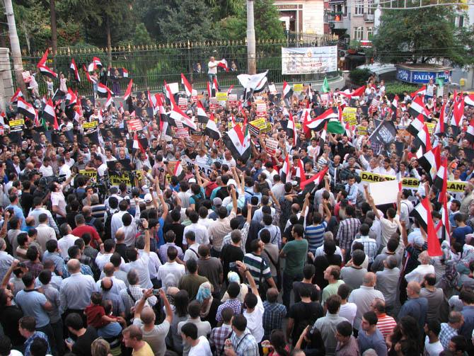 Mısır Katliamı İstiklal Caddesinde Protesto Edildi 1