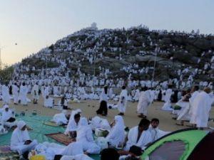 Milyonlar Arafat'ta