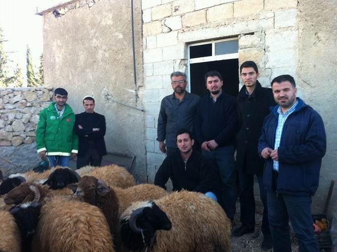 Suriye'de Bayram Şehadetle Başlıyor 1