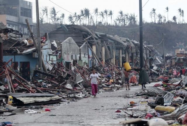 Haiyan tayfunu Filipinler'i vurdu 1
