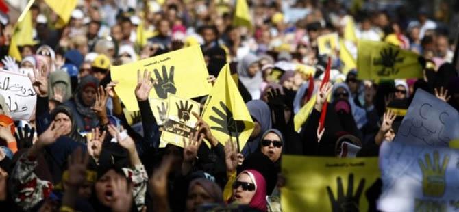 Mısır'da Darbe Karşıtı Cuma Gösterileri 1