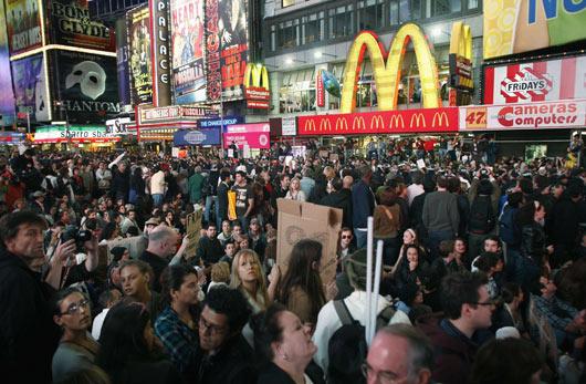 Wall Streeti İşgal Et Ateşi Batıyı Sarıyor 12