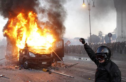 Wall Streeti İşgal Et Ateşi Batıyı Sarıyor 3