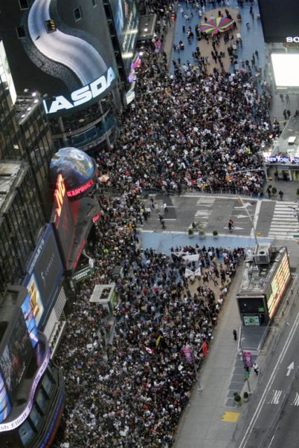 Wall Streeti İşgal Et Ateşi Batıyı Sarıyor 9