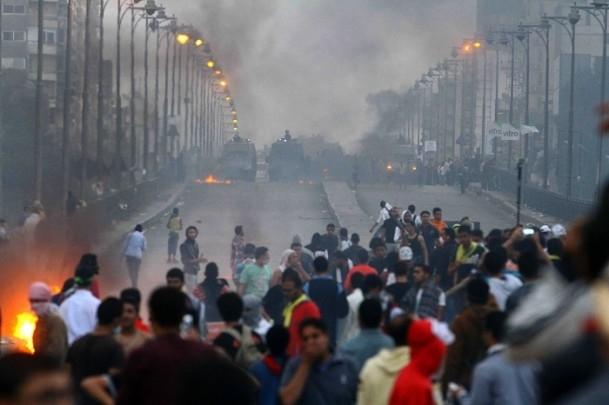 Rabia Katliamının 100. Günü Gösterilerinde Çatışma 1