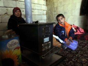 Arsal'daki Suriyeli Mülteciler Yaşam Mücadelesi Veriyor