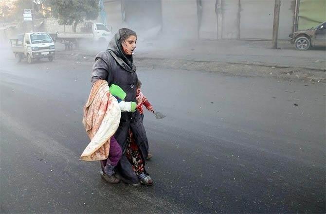 Esed, Varil Bombalarıyla Halep'i Yıktı galerisi resim 1