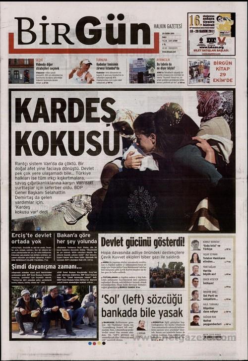 Gazete Manşetleri - 25 Ekim 2011 3
