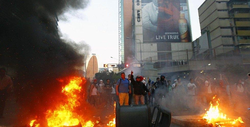 Venezuela'da Hükümet Karşıtı Gösteriler 1