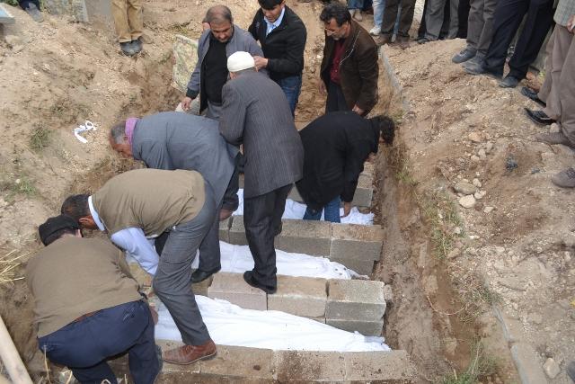Yaşar Yüzerin Objettifinden Deprem 10