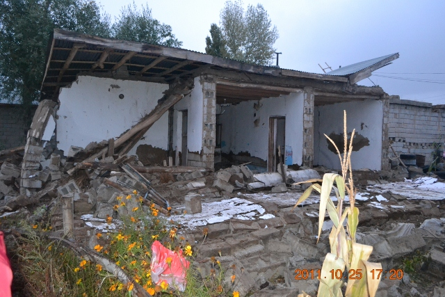 Yaşar Yüzerin Objettifinden Deprem 20