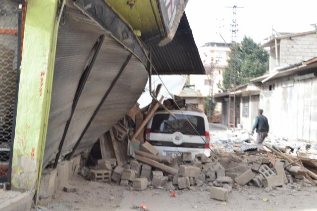 Yaşar Yüzerin Objettifinden Deprem 4