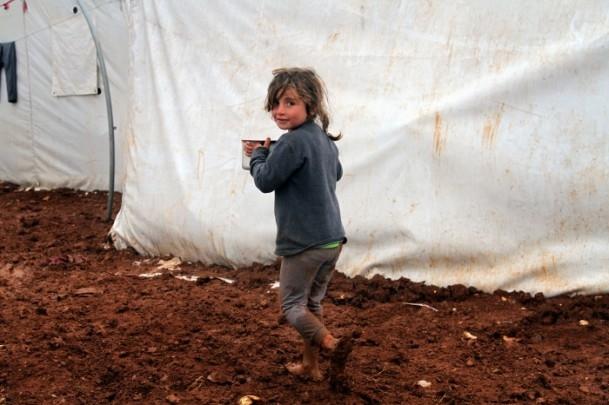 Şiddetli Yağış Kamplarda Yaşamı Zorlaştırdı 1