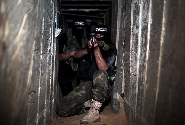 Kassam Tugaylarının Tünel ve Mevzileri Görüntülendi 1