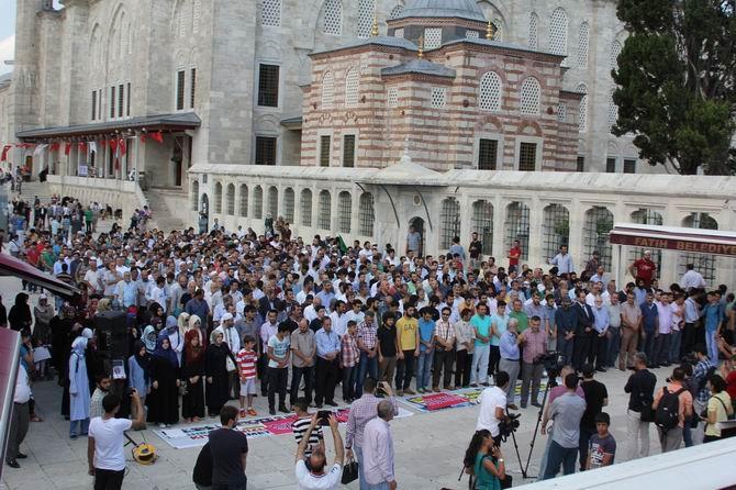 Ahrar Şehitleri İçin Fatih'te Gıyabi Cenaze Namazı 1