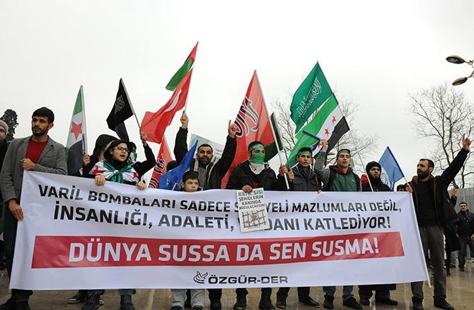 İstanbul'da Suriye İntifadasını Selamlama Yürüyüşü galerisi resim 1