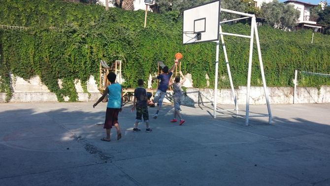 Özgür-Der Ortaokul-Lise Erkek Öğrenciler Yaz Kampı 1