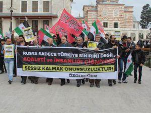 Rus Zulmüne İstanbul'da Protesto