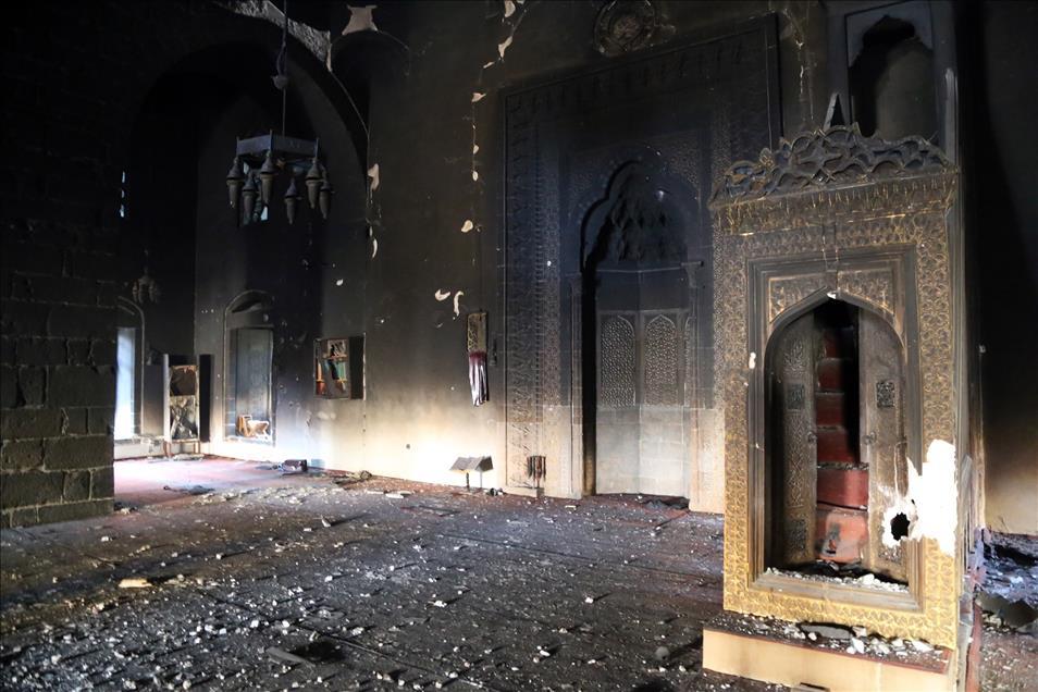 PKK'nın Fatihpaşa Camisindeki Tahribatı Ortaya Çıktı galerisi resim 1