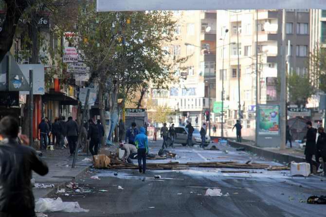 Diyarbakır Halkı HDP'nin Yürüyüşüne Destek Vermedi galerisi resim 1