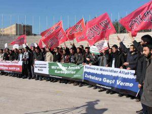 Solcu Çeteler Erzurum ve Bursa'da Protesto Edildi