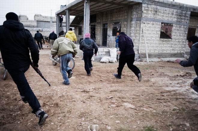 Fransız Gazetecinin Objektifinden Suriye 11