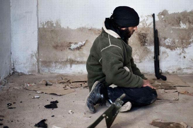 Fransız Gazetecinin Objektifinden Suriye 19