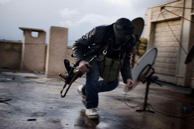 Fransız Gazetecinin Objektifinden Suriye 29