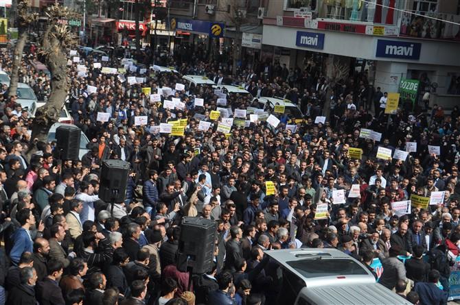 Özgür Gündem'e Diyarbakır'da Lanet Yağdı 1